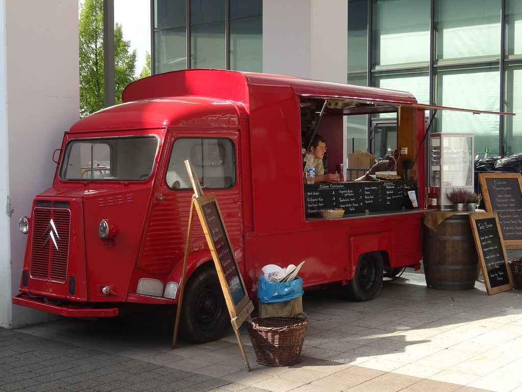How to Start a Food Truck Business the Right Way